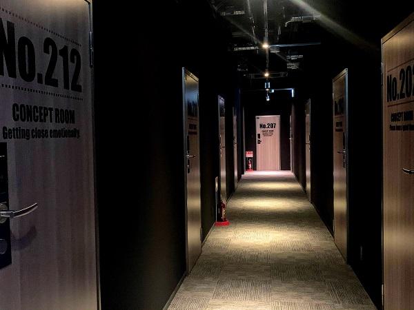 デザインホテルブルックスの廊下
