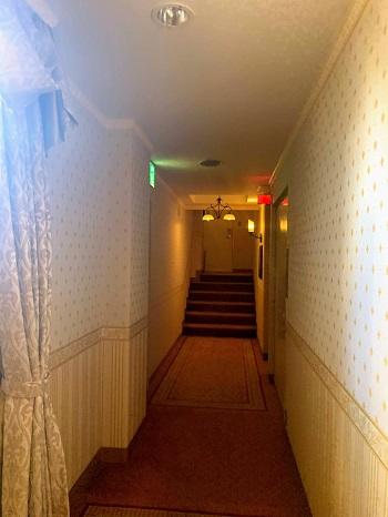 目黒エンペラーの廊下